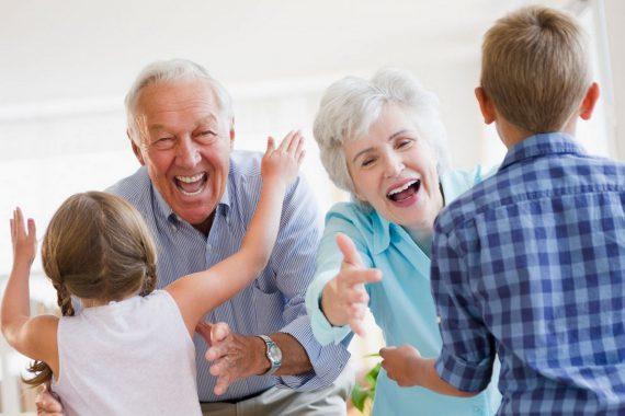Grands parents petits enfants e1494000841550